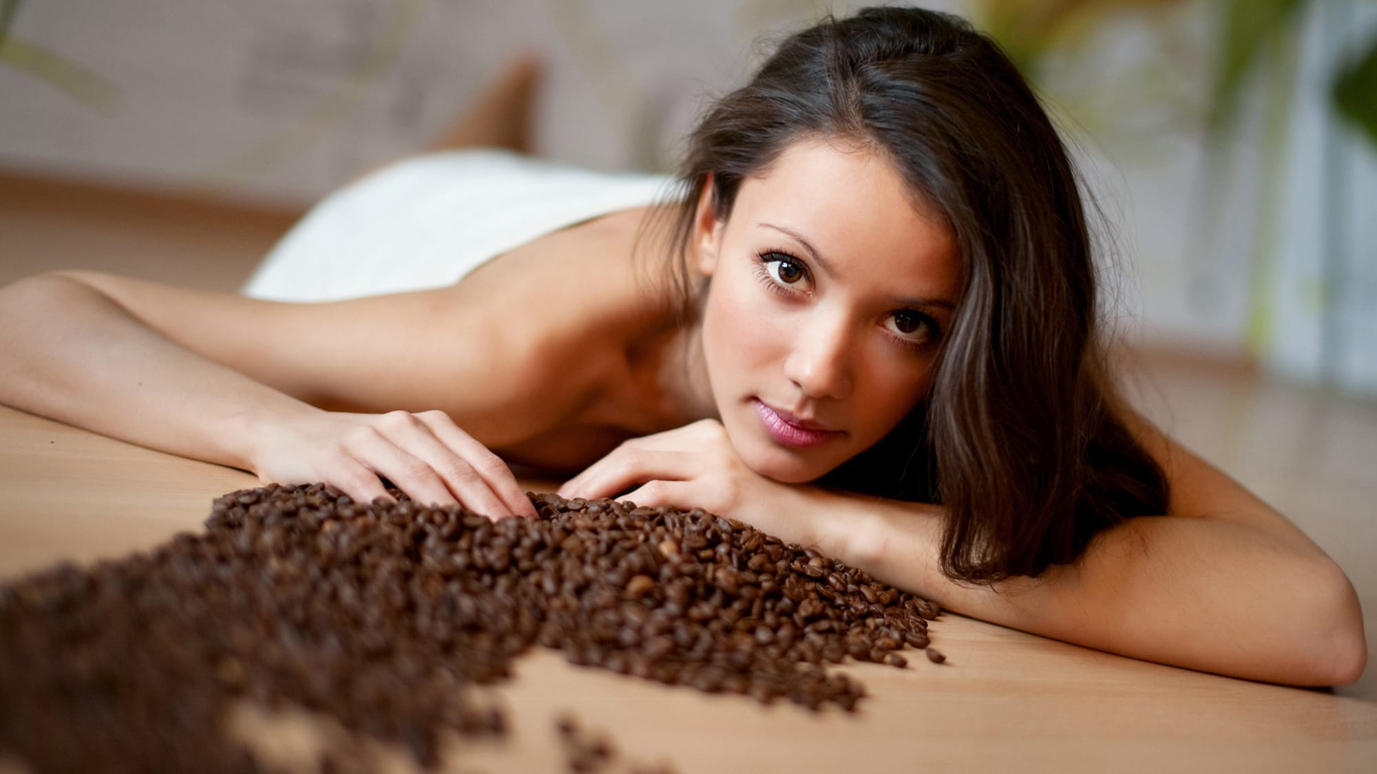Маска из жмыха кофе для волос