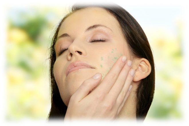 применение пилинг скатки на лице